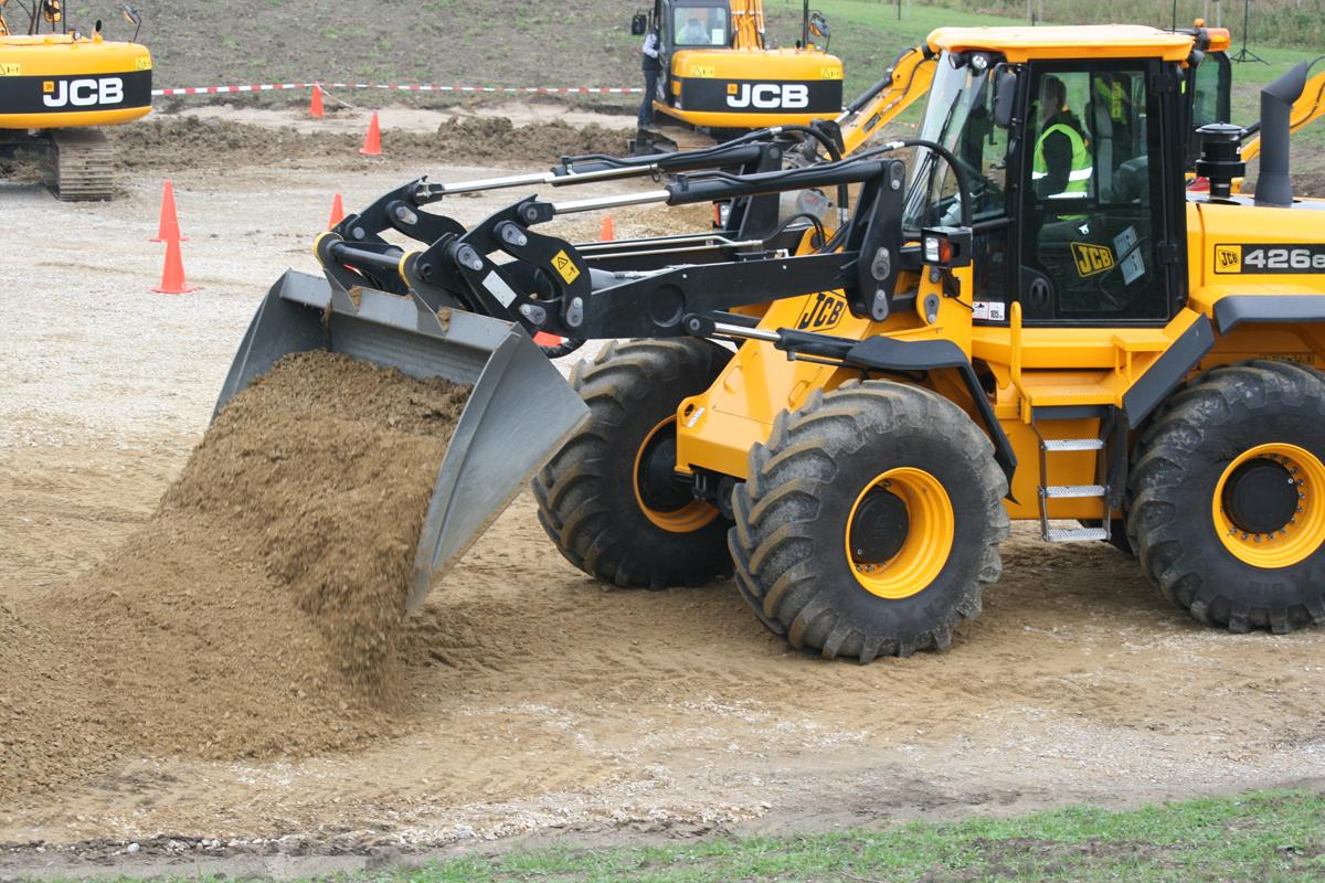 Planeringsskopa traktor
